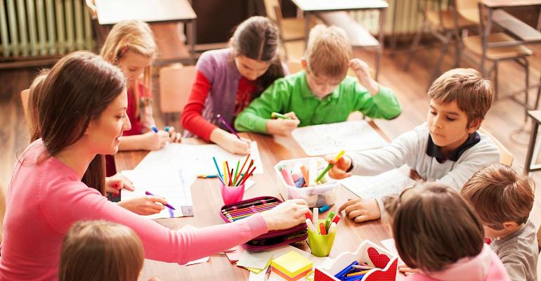 se preparer au concours educateur jeunes enfants